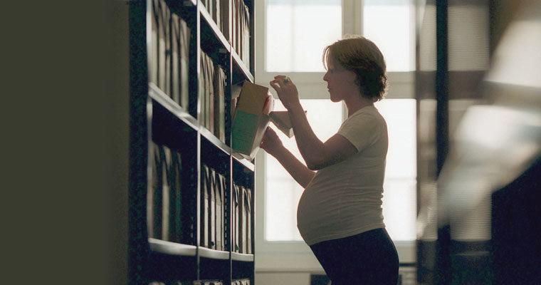 Femme enceinte et mère qui allaite au travail: ce qu'il faut savoir